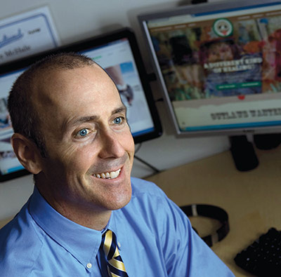 Quinnipiac Magazine Features Web Solutions CEO Tom Barton as Internet Pioneer